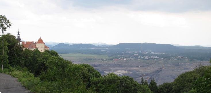zámek Jezeří a Mostecká pánev